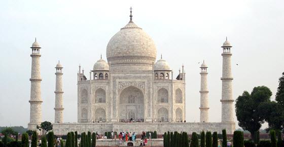 560px_Taj_Mahal_Dcastor