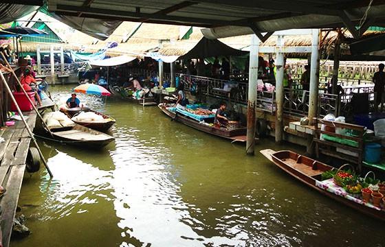 Mercado Flotante de Dammnoen Saduak, Tailandia. Mercados alrededor del mundo.