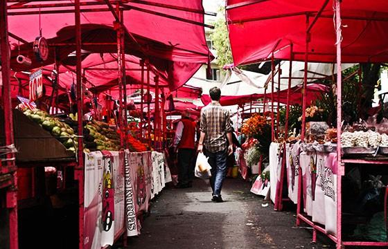 Mercado popular de calle. Mercados alrededor del mundo
