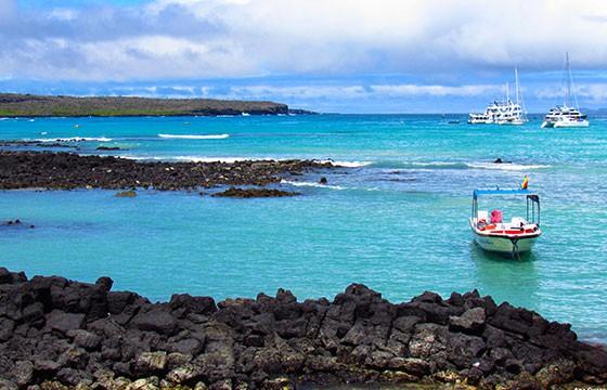 Vista de la Bahía Tortugas en los Galápagos
