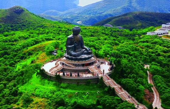 Buda Tian Tan en la Isla Lantau, Hong Kong. 10 lugares que todo fotógrafo debe visitar.
