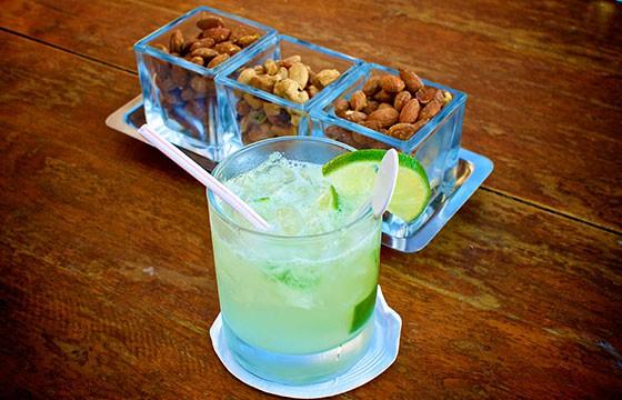 Caipirinha, Brasil. 15 bebidas típicas de cada país.