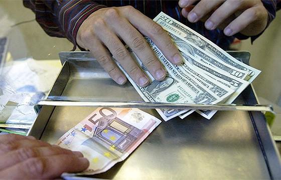 Cambio de moneda. Tips para viajar en transporte público en el extranjero.