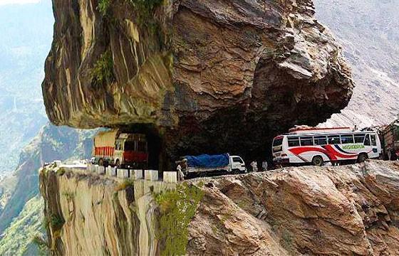 Carretera del Karakórum, Pakistán y China. Carreteras más extremas-peligrosas del mundo.
