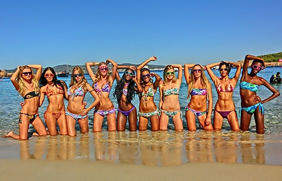 Ibiza, España. Destinos de gente guapa en el mundo.