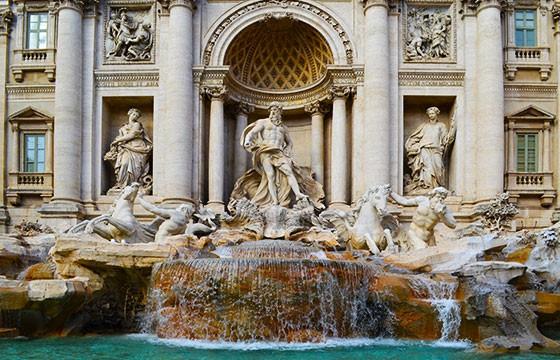 La Fontana de Trevi, Roma. Lugares que dan suerte.