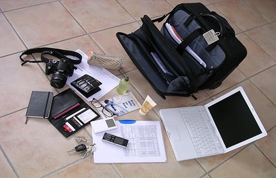 Lleva lo esencial en tu equipaje de mano. 13 tips para la pérdida de equipaje.