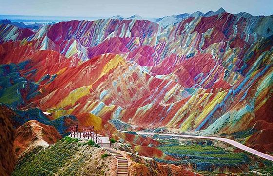 Parque Geológico Nacional Zhangye Danxia, China. 12 destinos que no cumplen las expectativas.