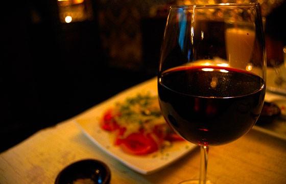 Vino, España. 15 bebidas típicas de cada país.