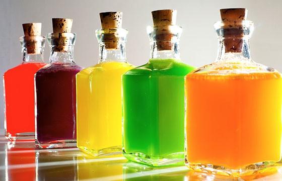 Vodka, Rusia, Polonia. 15 bebidas típicas de cada país.