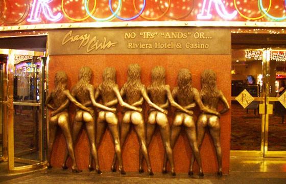 Escultura siete mujeres en Estados Unidos