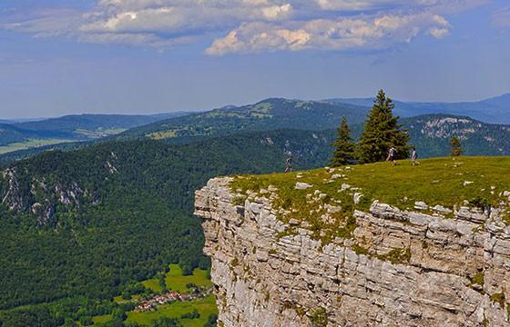 Vista del mirador Creux Du Van Suiza