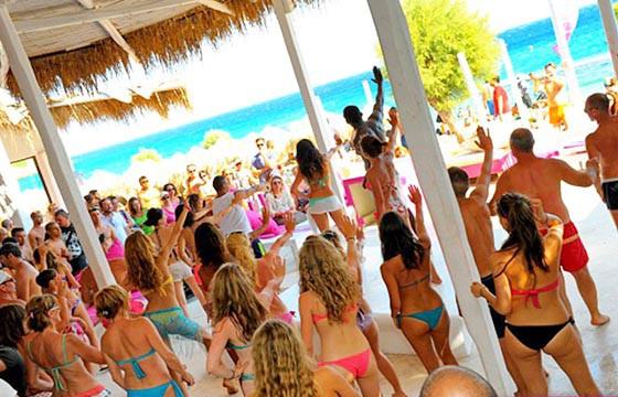 Mykonos, Grecia. Playas para ir a bailar en el mundo.