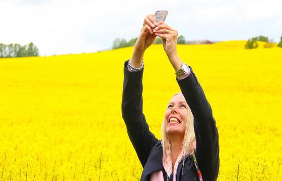 No dejes de sonreír. 10 tips para obtener las mejores selfies de viajes.