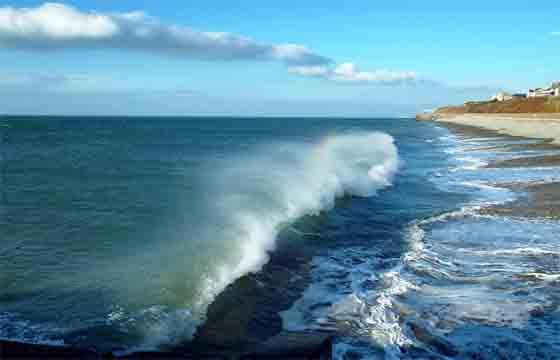 ruido de las olas.