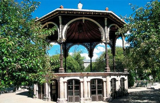 Kiosco en Jardín Rafael Páez