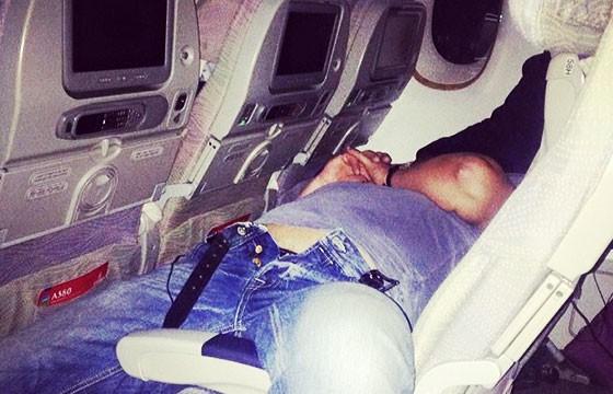 dormido-en-el-avion