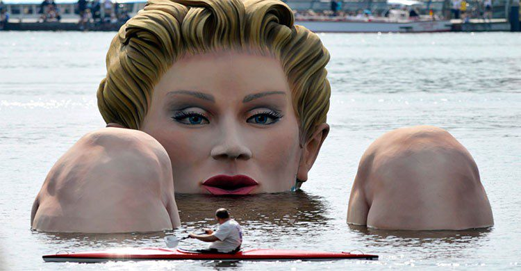 La Sirena en el lago de Oliver Voss