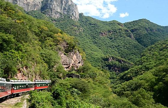 Copper Canyon Railway-Justin Vidamo-Flickr