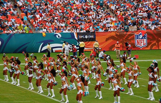 Dolphins v. Chargers Week 5 2008 NFL-Mr. Usaji-Flickr