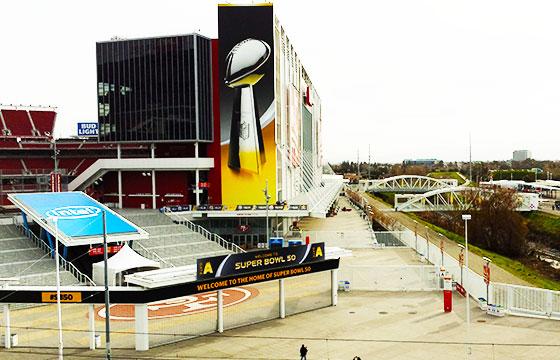 Levi's Stadium view during Super Bowl 50 preparations Santa Clara California-Editada-http://bit.ly/1UKj4wX-Flickr