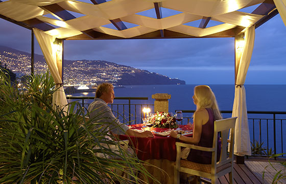 hotel THE CLIFF BAY romantic dinner-PortoBay Hotels & Resorts-Flickr