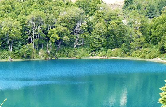 Lago Espejo, Ruta 234, Parque Nacional Nahuel Huapi, Argentina-Editada-Pablo Gimenez-http://bit.ly/1qlm1Li-Flickr