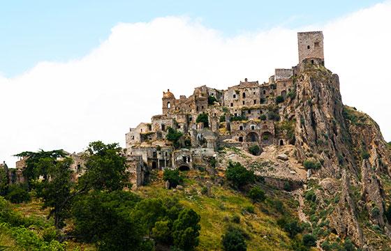 Craco, Italy-Martin de Lusenet-Flickr