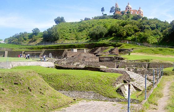 Piramide de Cholula-Editada-André Vasconcelos-http://bit.ly/1RZMLKj-Flickr
