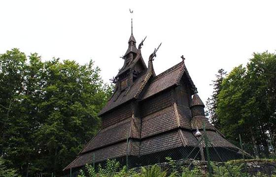 Iglesia de madera de Fantoft
