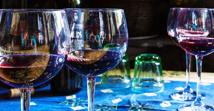 Self-portrait in wine-Thomas Hubauer-Flickr