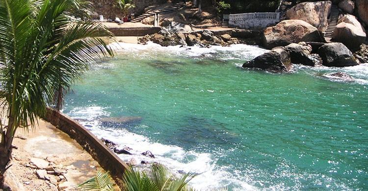 Playa El Secreto, Acapulco, Guerrero El Secreto Beach, Acapulco, Guerrero