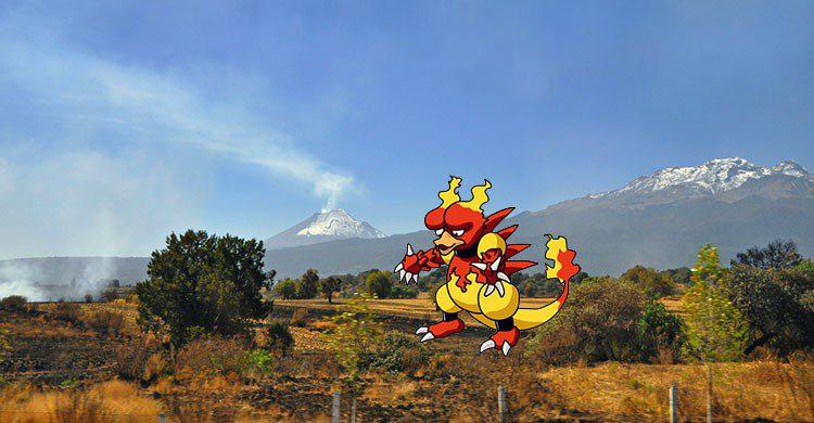 Popocatepetl & Iztaccíhuatl-Russ Bowling-Flickr