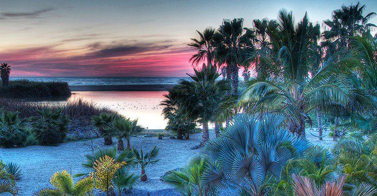 Sunset in Todos Santos-Jon DeJong-Flickr