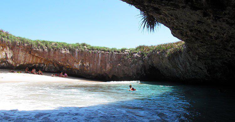 Parque Nacional Islas Marietas-Editadas-Christian Frausto Bernal-http://bit.ly/2cjWLPX-Flickr