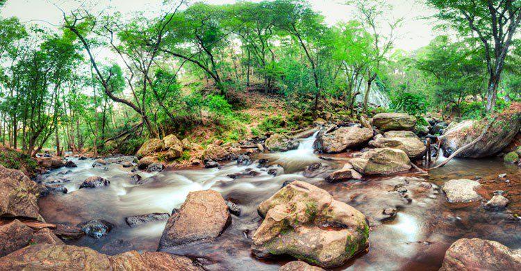Cascada Velo de novia-Editada-Carlos Adampol Galindo-http://bit.ly/2dxc6RP-Flickr