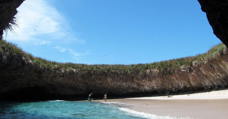 Flickr-Parque Nacional Islas Marietas-Christian Frausto Bernal-editada-http://bit.ly/2hMD9q8