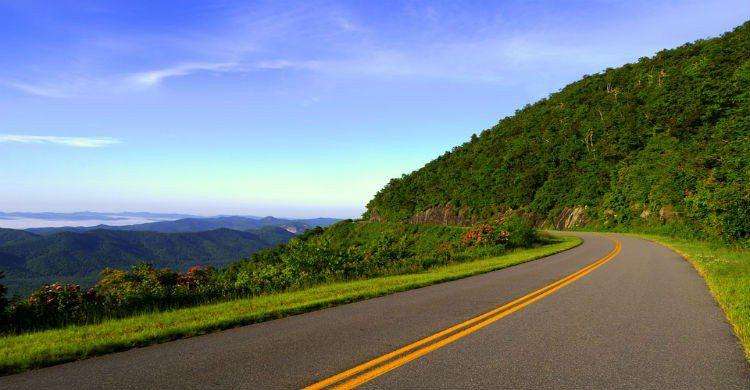 Carretera en la costa