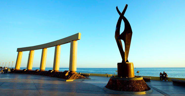 Escultura en puerto peñasco