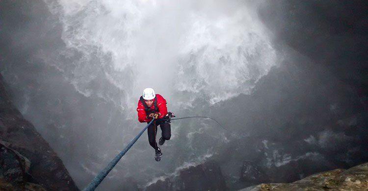 Bajar por la cascada en popocatl