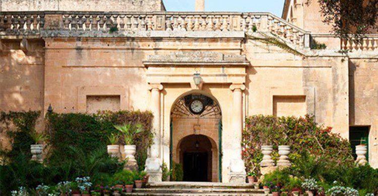 Palacio de San Anton