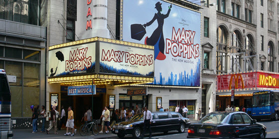 560px_New_Amsterdam_Theatre_Mary_Poppins_Andreas Praefcke
