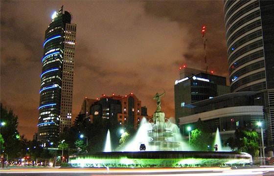 Avenida Paseo de la Reforma en el Distrito Federal