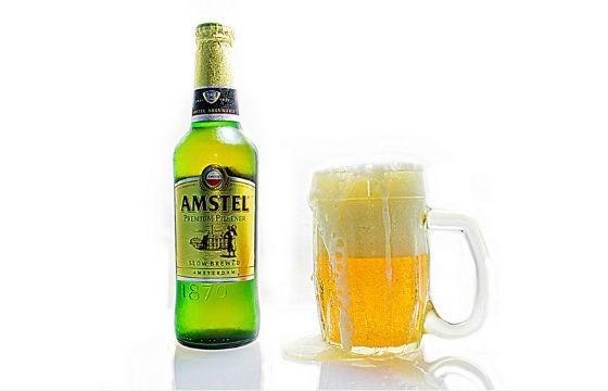 Amstel, Holanda. Cervezas típicas de cada país que debes probar en tus viajes.