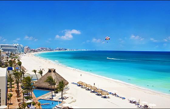 Cancún. Dime tu edad y te diré donde viajar.