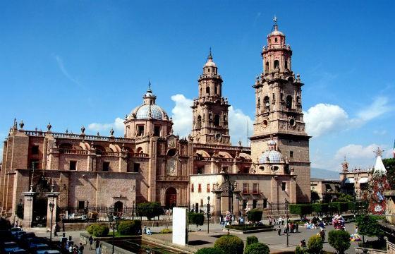 Vista de la Catedral de Morelia