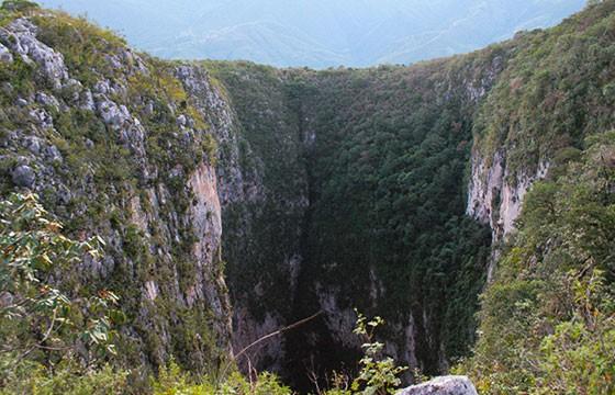Sótano de Barro, México. Lugares más extremos del mundo.