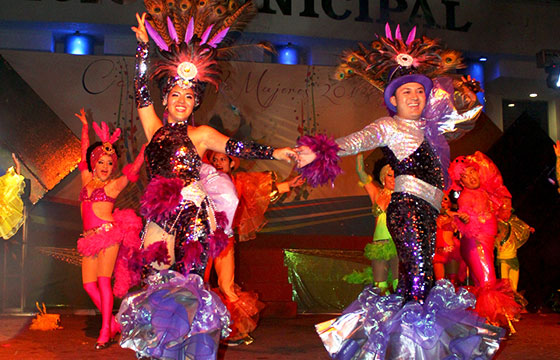 NOCHE CARNAVAL ISLA MUJERES