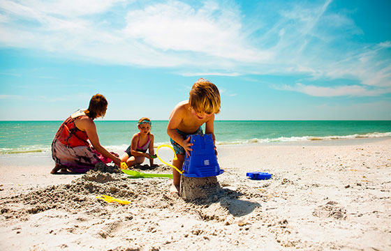 Family time on #AmericasBestBeaches.-Visit St. Pete/Clearwater-Flickr