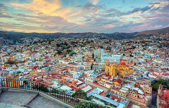Guanajuato from the El Pipila monument-Editada-Jiuguang Wang-http://bit.ly/1rzEuEF-Flickr
